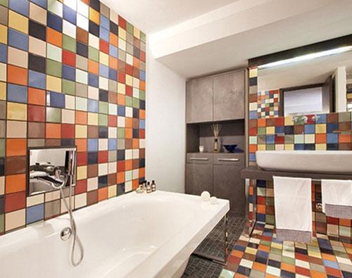 七招搞定瓷砖保养 打造舒爽卫浴间