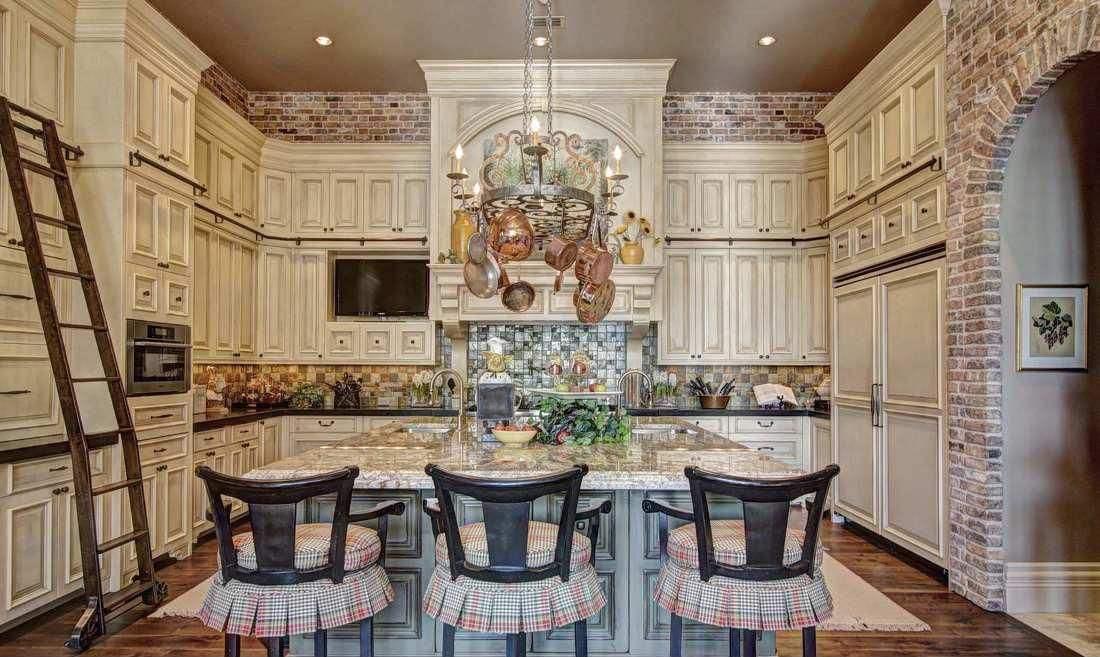 想要时尚浪漫的家,瓷砖可以这样选