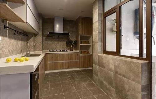 在挑选瓷砖时,买深色瓷砖好还是浅色瓷砖好?