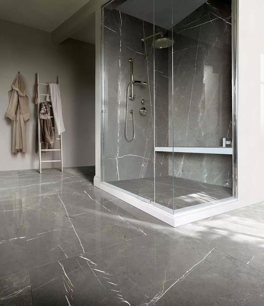 卫生间瓷砖装修,你还在用白色和黑色这两种瓷砖?