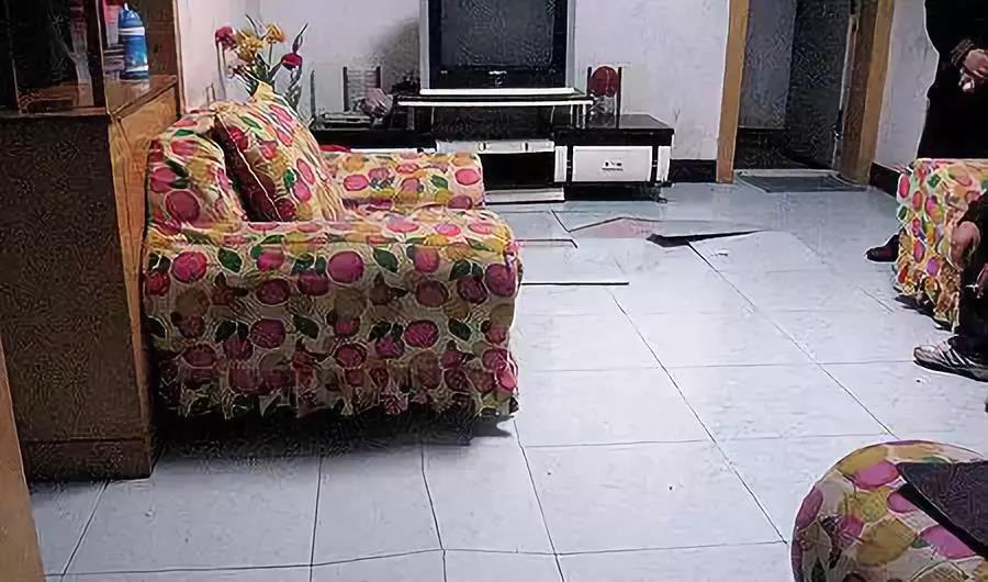 瓷砖不美缝的后果很严重,你难道不打算看看?!