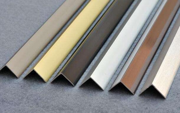 瓷砖阳角线的安装及处理方法