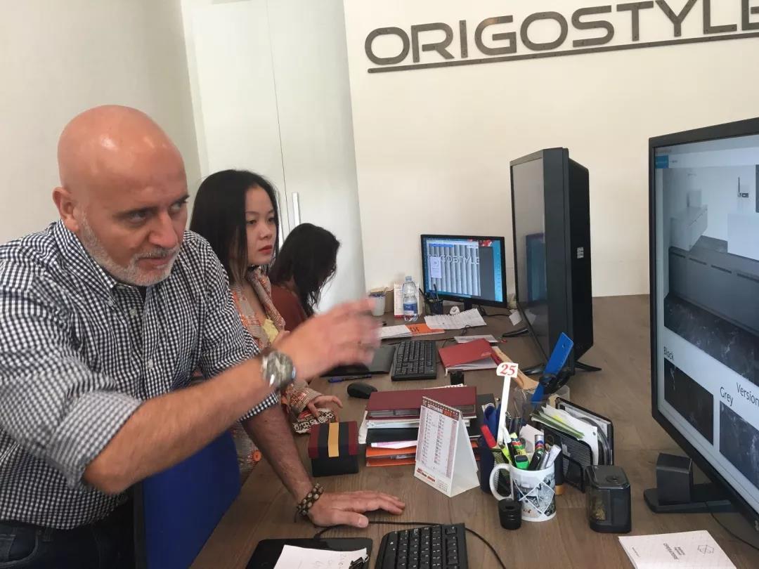 9月20日中陶網走進3家知名公司,分別是ORIGOSTYLE設計與研發公司及ROMANI陶瓷工廠及范思哲瓷磚總部。