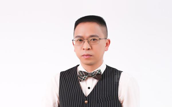 """阿洛尼浴室柜总经理涂克增:再创行业""""星级""""营销新样板"""