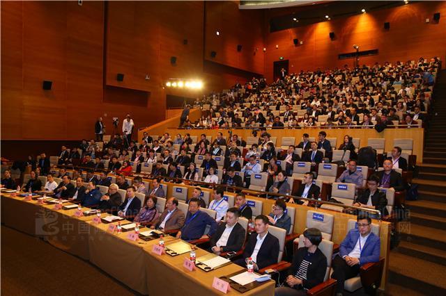 2018年度中国建筑卫生陶瓷十大品牌榜揭晓 任志强&陶业大咖共话品牌崛起之道