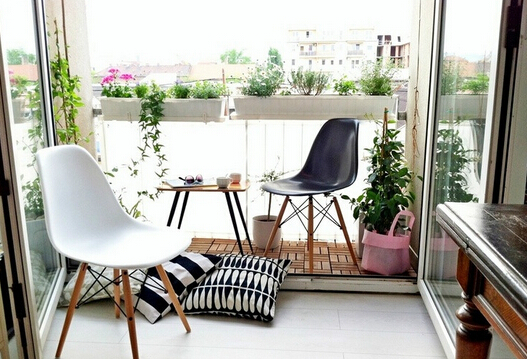 阳台地砖用颜色好?
