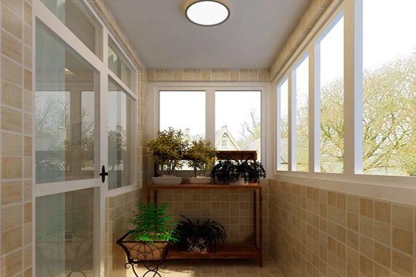 开放式阳台:开放式阳台的灰尘会比较大,最好在墙面贴瓷砖,这样清理