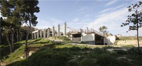 欧神诺陶瓷:西班牙气候博物馆,与自然共生共融的建筑设计
