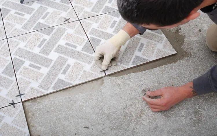 买砖前你必须了解这个质量指标!瓷砖好不好看它就对了一半