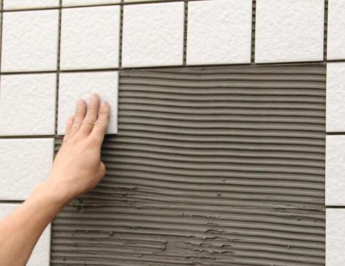 瓷砖背胶的使用方法和注意事项是怎样的?!