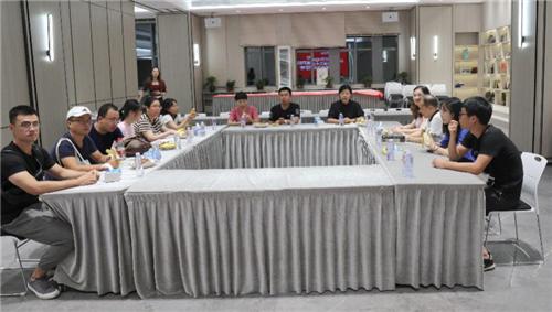 景德鎮陶瓷大學國家重大課題組到歐神諾調研