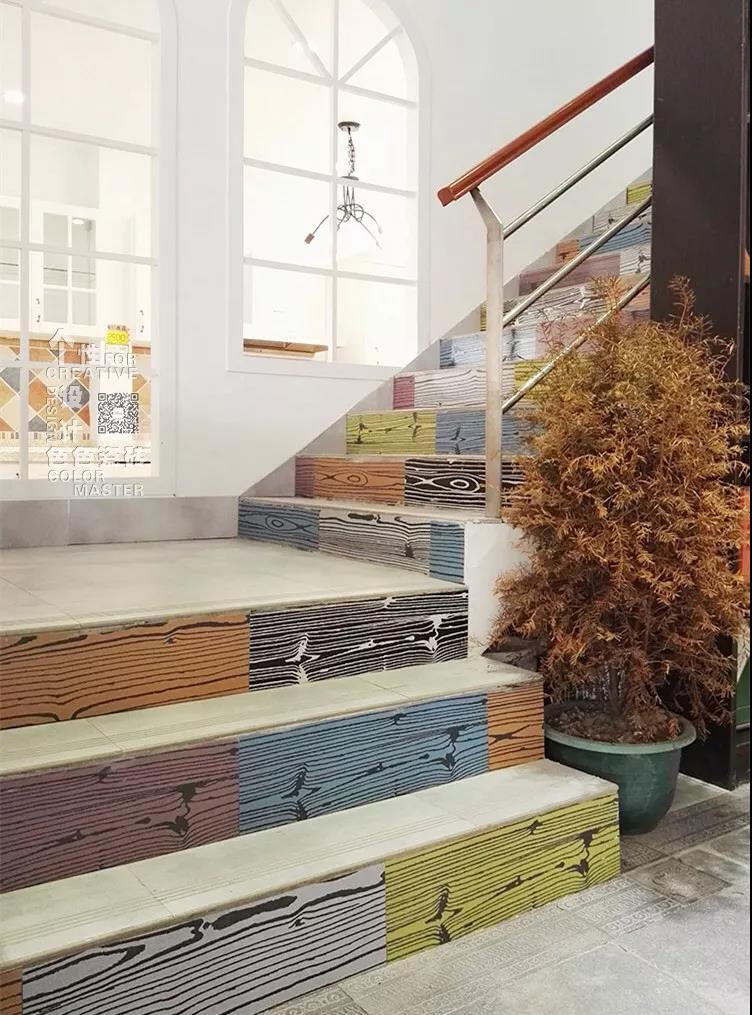 瓷砖楼梯图片